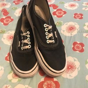 Black vans authentic
